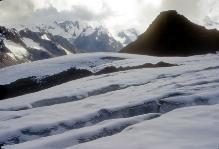 Crevasses along the snow fields (below the Pin Parvati Pass).