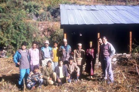 Most of the research projects at GHNP were part of WB aided Conservation of Biodiversity Project (Pic shows scientists, forest staff and researchers at Shakti village).