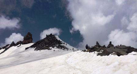 Srikhand Mahadev 5227m alt is the high peak in the southern part of GHNP. It is revered as Lord Shiva by the locals who undertake strenuous journeys on auspicious days in August-September.