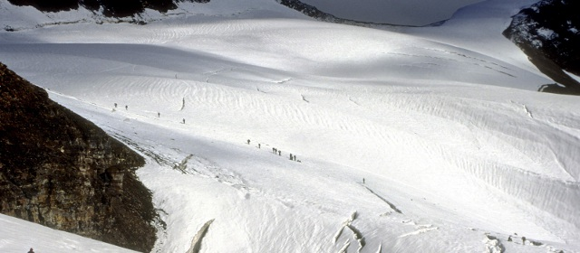 Crossing Pin Parvati Pass